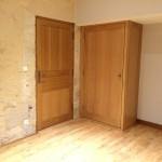 Aménagement chambre avec porte intéreure, plancher et rangement