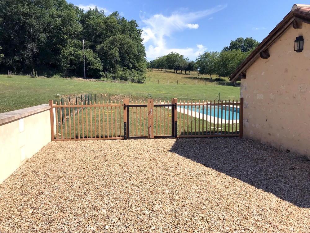 Barrière protection piscine avec portillon double