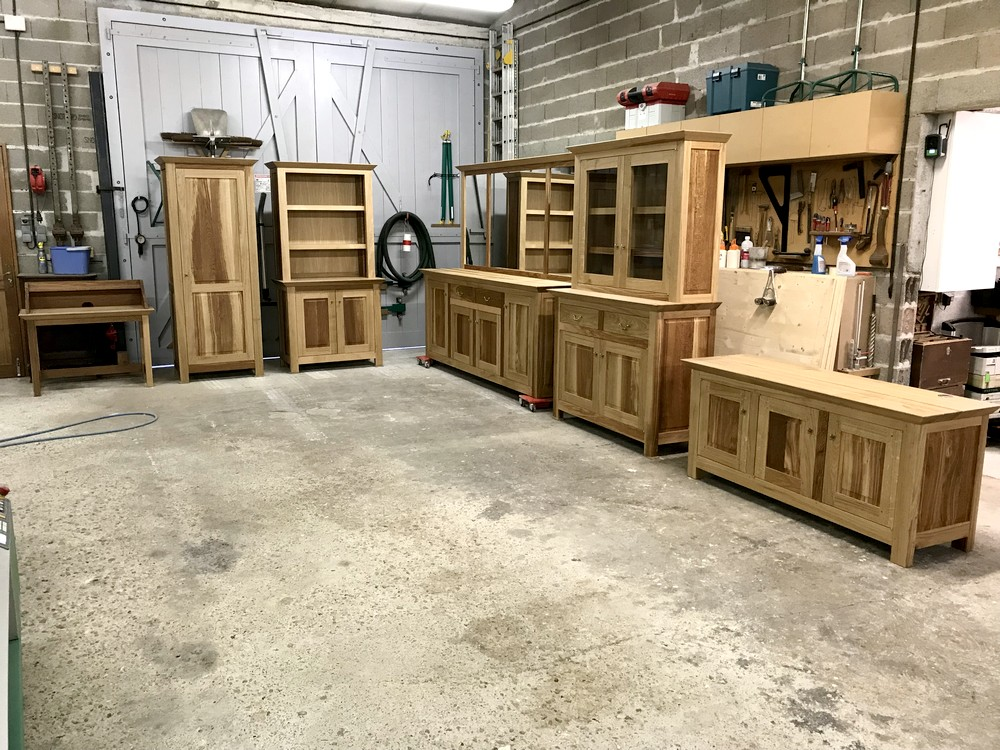 Ensemble de meubles en chene