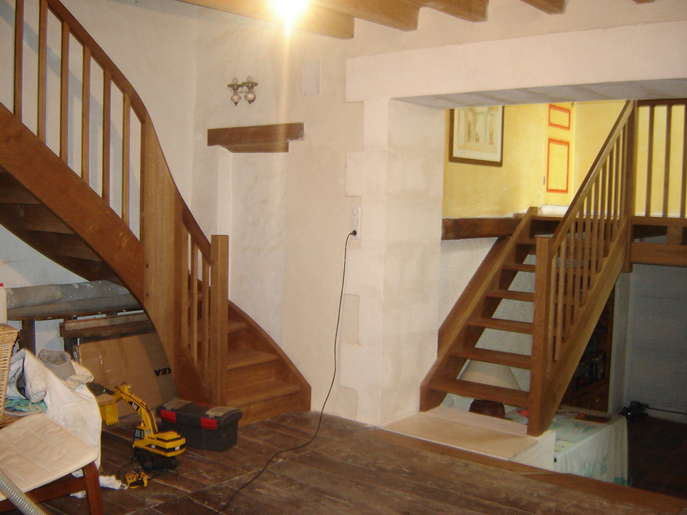 Escalier à noyau - Chêne vieilli
