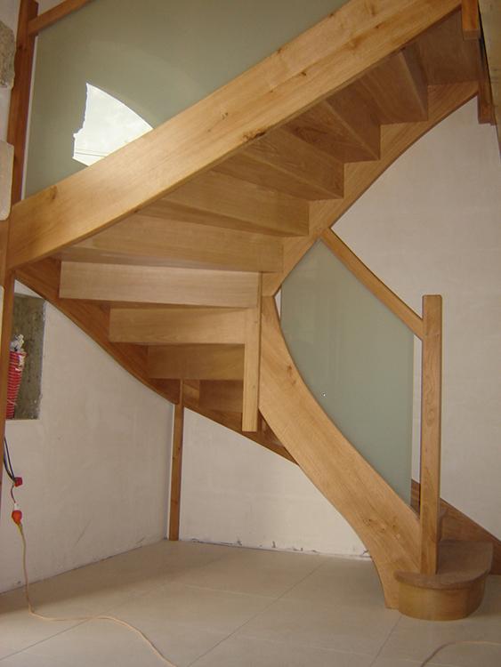 escaliers eurl landais menuiserie. Black Bedroom Furniture Sets. Home Design Ideas