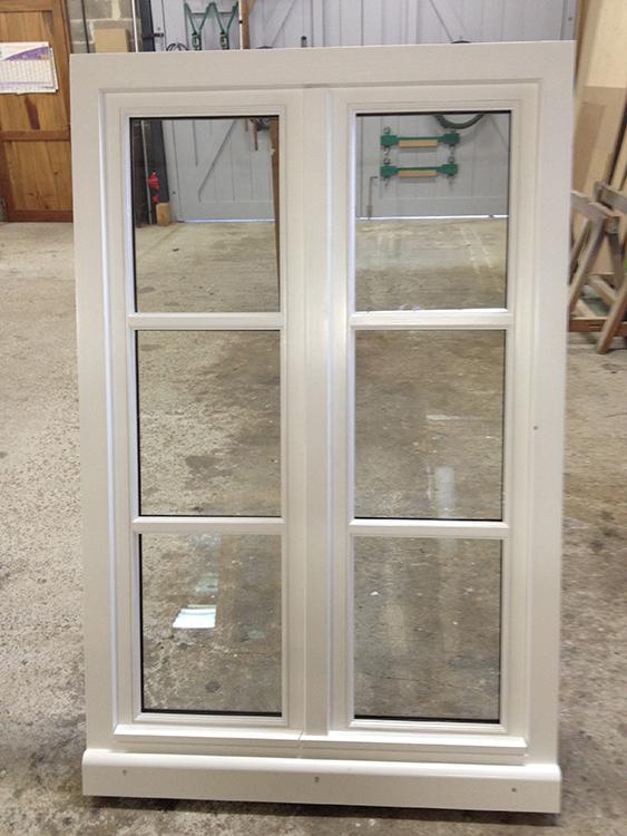 Fenêtre chêne avec petit bois horizontaux peints