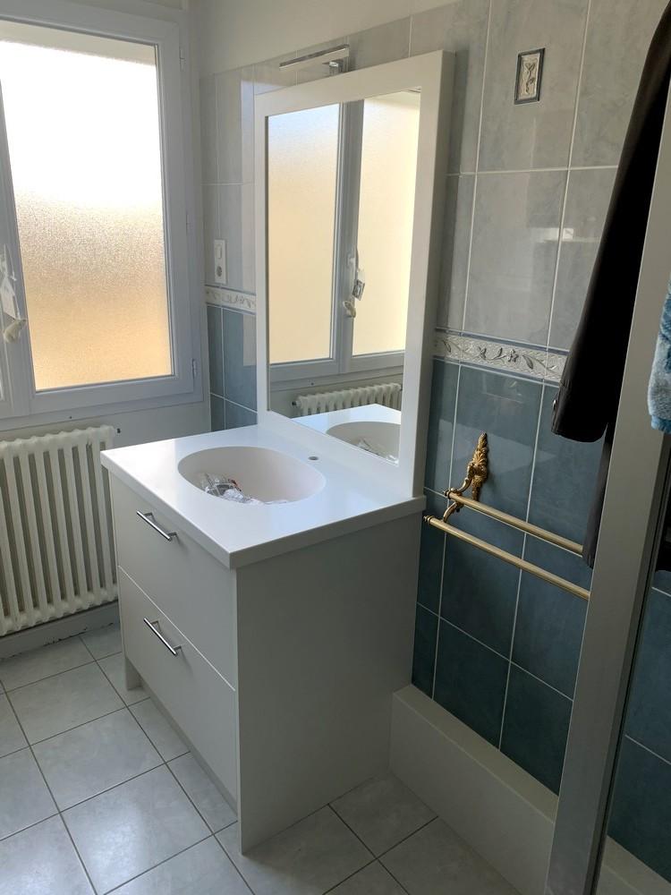 Meuble de salle de bain corian glacier white