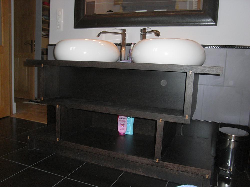 Meuble vasque en MDF replaqué d'oberflex en chêne teinté wengé