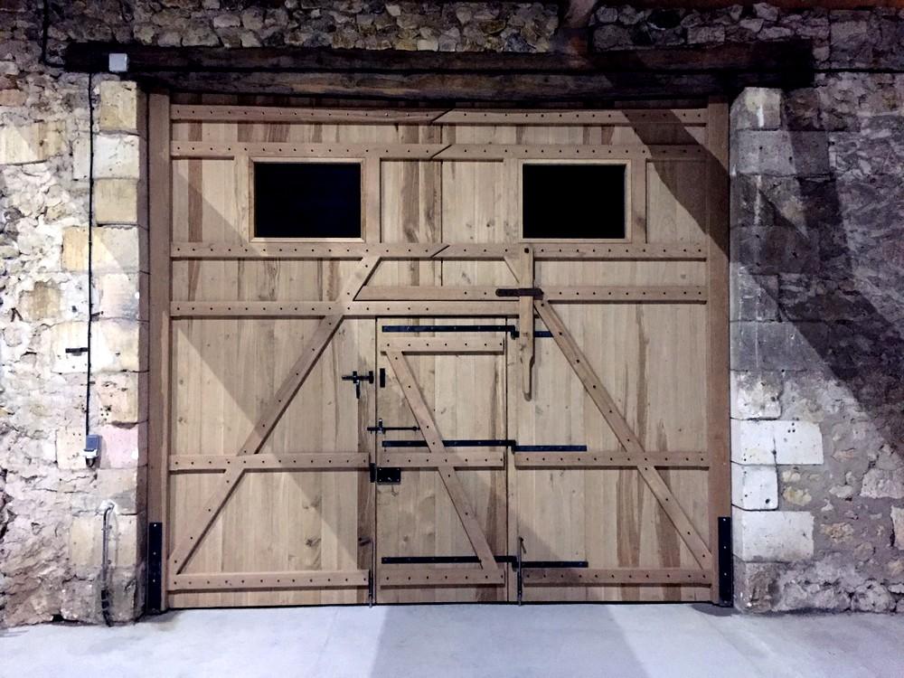 Portail de grange avec portillon central (1)