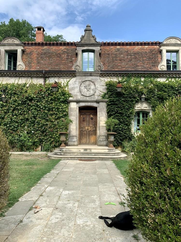 Porte d'entrée en chêne, de style avec moulures tarabiscotées et imposte en arc surbaissé avec médaillon (avant) (2)