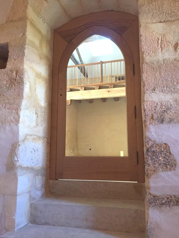 Porte intérieure en ogive
